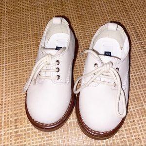 New Baby Gap Baby Boy Ivory Dress Shoes Size 6